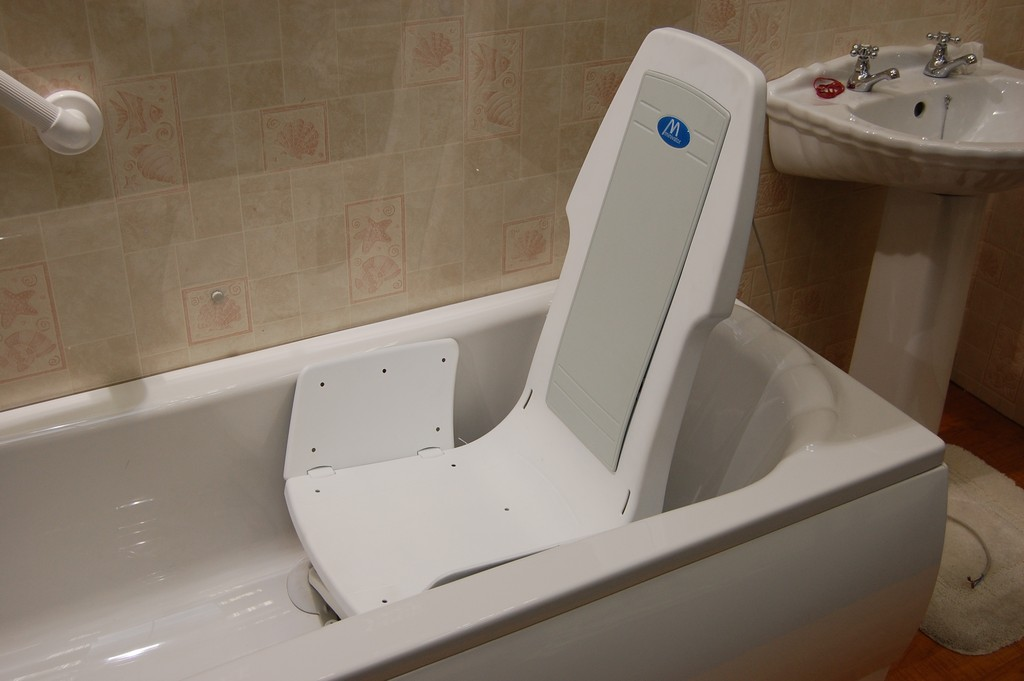 bath lifts for totally handicapped, ameriglide bath lift, hoyer lift bath sling, aquatec bath tub lift