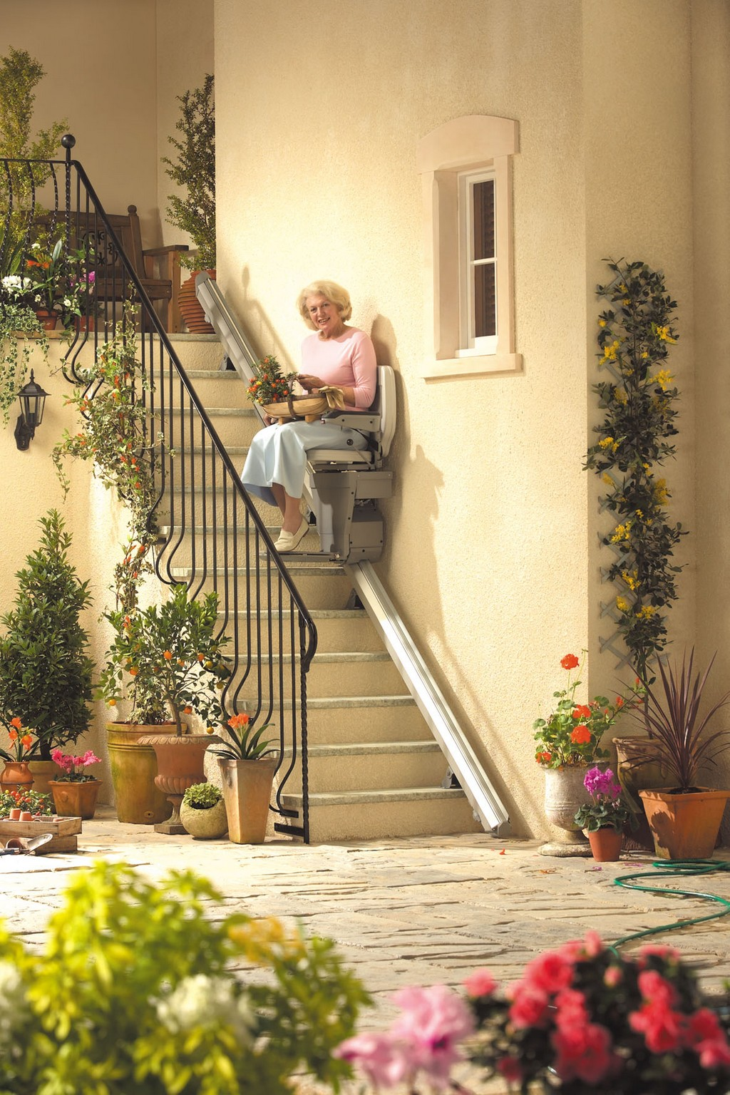 stair lift and stair clearance, summit stair lifts, new stairlifts for sale, curved stairlift