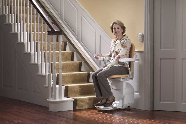 stairlift and stair clearance, stairlift, stair lift and stair width, stairlifts lee country fl