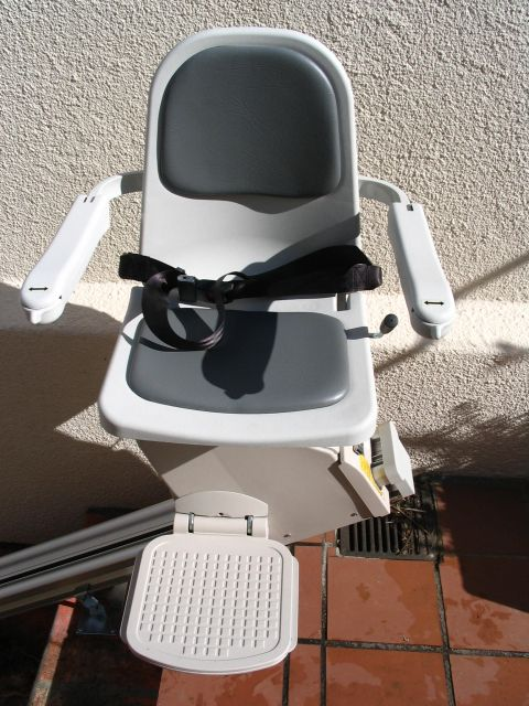 brooks stair lifts, stair lifts for disabled, price of stair lift, outdoor stair lift