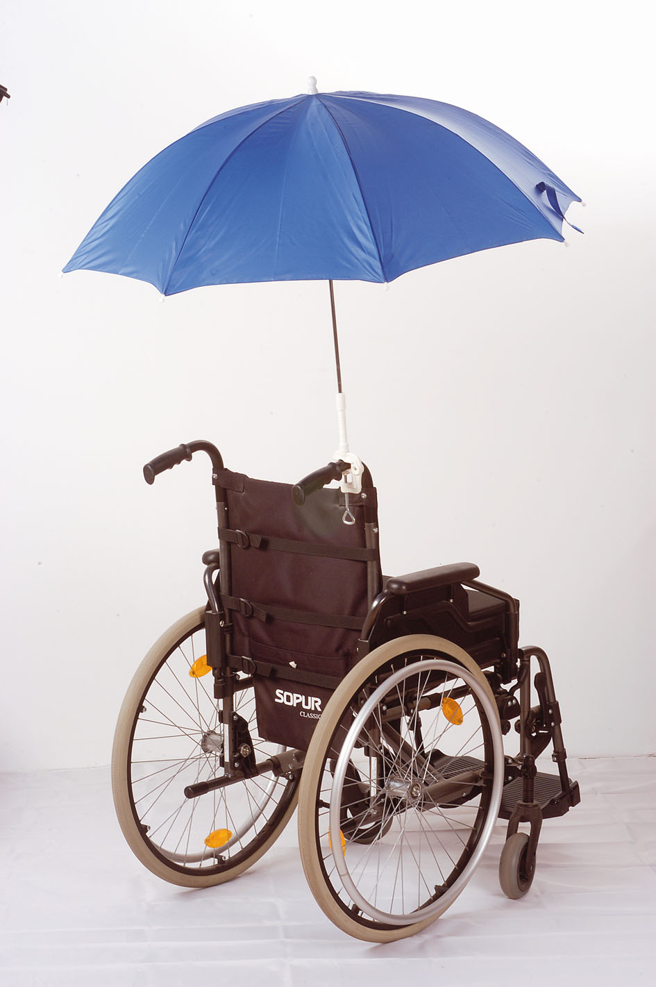 wheelchair snap on tires, wheelchair umbrella fold, upeasy lifting cushion, invacare wheelchair tires