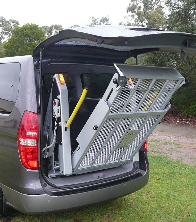 wheelchair ramps and lifts, school bus wheelchair lift, old style wheelchair lifts, wheelchair car lift