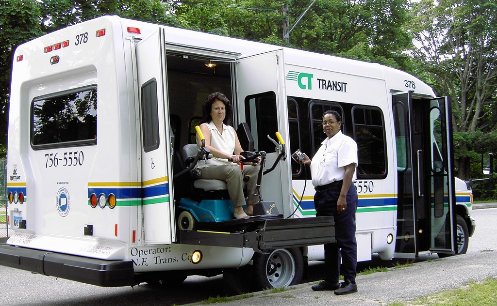 used handicapped wheelchair lifts, used wheel chair lifts, used wheelchair lift vans, used handicapped wheelchair lifts