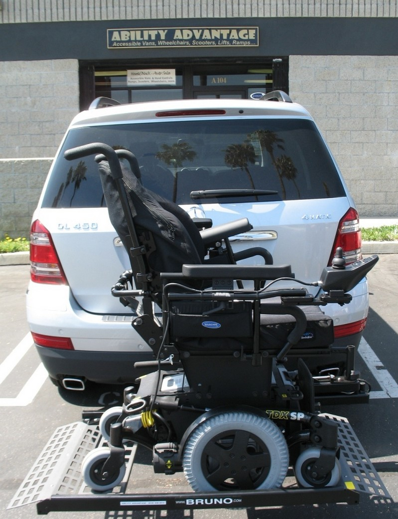 used wheelchair lift, buy sell used wheelchair lifts, wheelchair with leg lifts, braun wheelchair lifts scooter