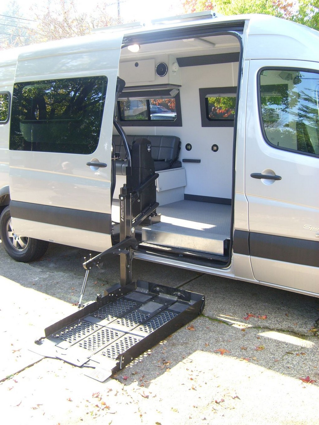 Rv: Wheelchair Assistance