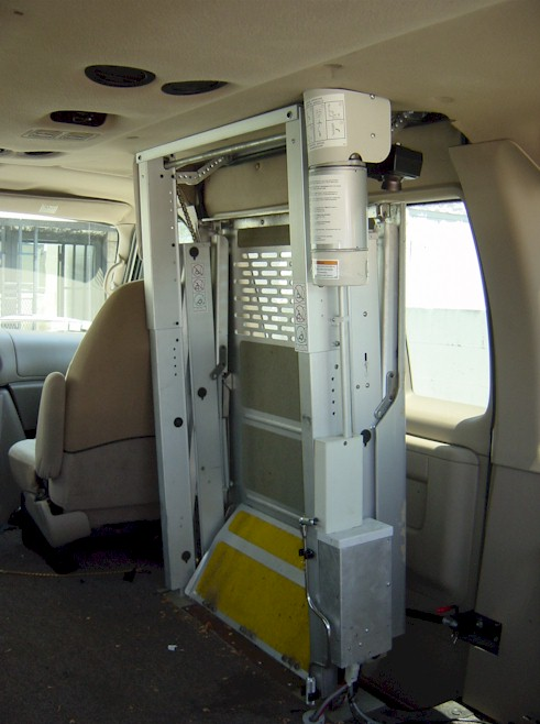 Hydraulic Wheelchair Lift : Wheelchair assistance hydraulic lifts for van
