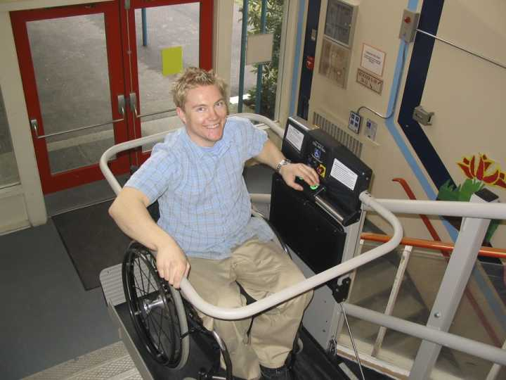 Wheelchair Assistance Van Wheel Chair Lifts