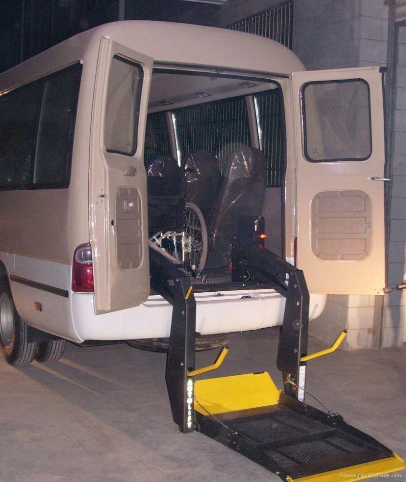 wheelchair lifts pictures, wheelchair lift, wheelchair lifts for trucks and suv, crow river single arm wheelchair lift