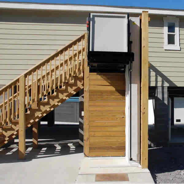 used wheelchair lift vans, buy sell used wheelchair lifts, outside wheelchair lift, rv wheelchair lifts