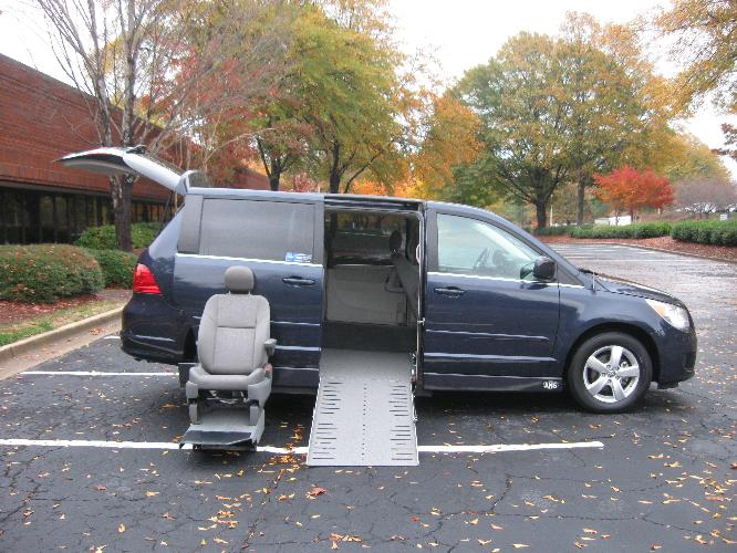 wheelchair ramps for vans, wheel chair vans in la, wheelchair accessible van, commercial wheelchair accessible vans