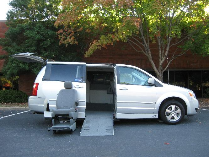 wheelchair lifts for vans, commercial wheelchair accessible van, wheelchair van rental, van wheelchair lift