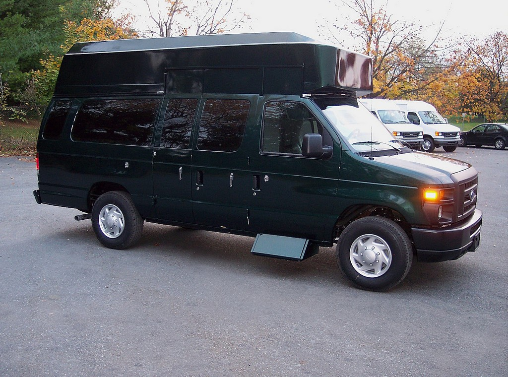 wheelchair ramps for mini vans, mini van wheelchair lift, leasing vans equipped for wheelchair in bay area, wheelchair vans in pa