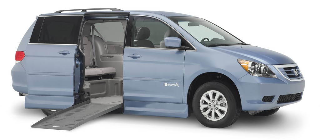wheelchair van tie downs, wheelchair van conversions, wheelchair ramps for vans, wheelchair vans for sale in new england